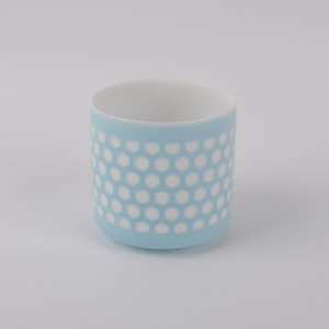 Hot selling novelty ceramic white tealight candle holder for wholesale