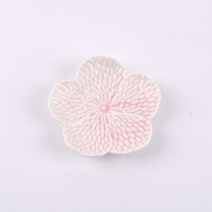 Peach Blossom Shape Nice looking home decoration ceramic Flowers shapes candle holder pink