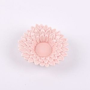 Chrysanthemum shape home decoration ceramic Flowers shapes candle holder pink