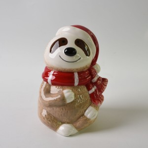New Design Ceramic Tree Sloth Sculptrue for Home Decor