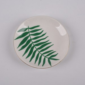 Porcelain Leaf Trinket Trays Gold