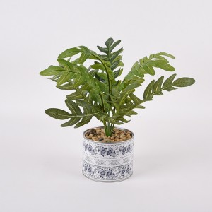 Artificial cheap evergreen plant